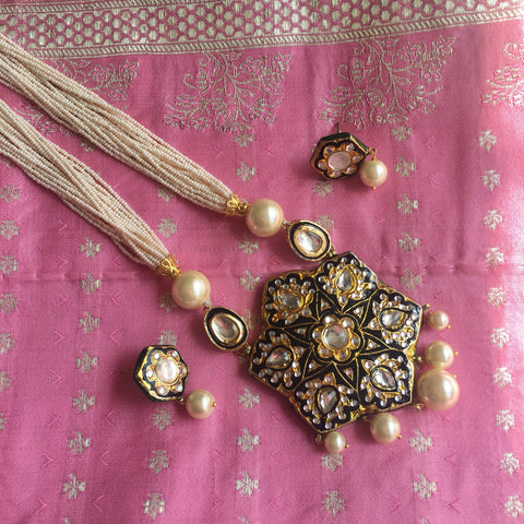 Rani black gold and pearl haar set