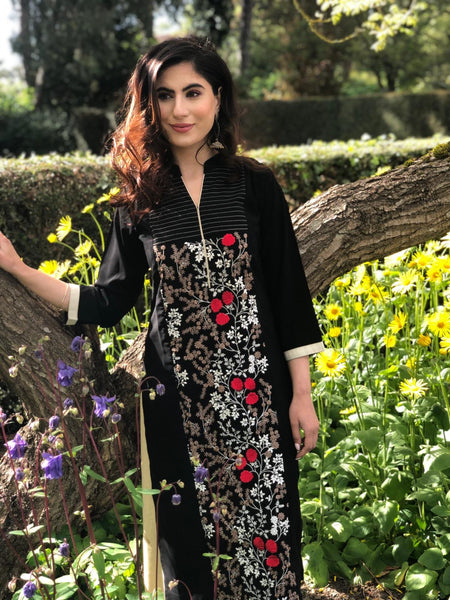 Black and Red Kurti