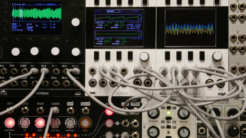 patchable modular synthesizer