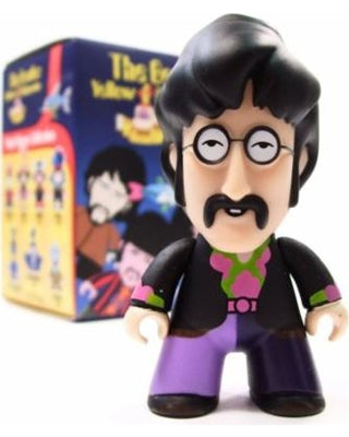 THE BEATLES Yellow Submarine JOHN Titan Vinyl Figure (PRE-ORDER)