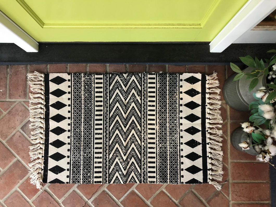 Black Pattern Aztec Entry Rug