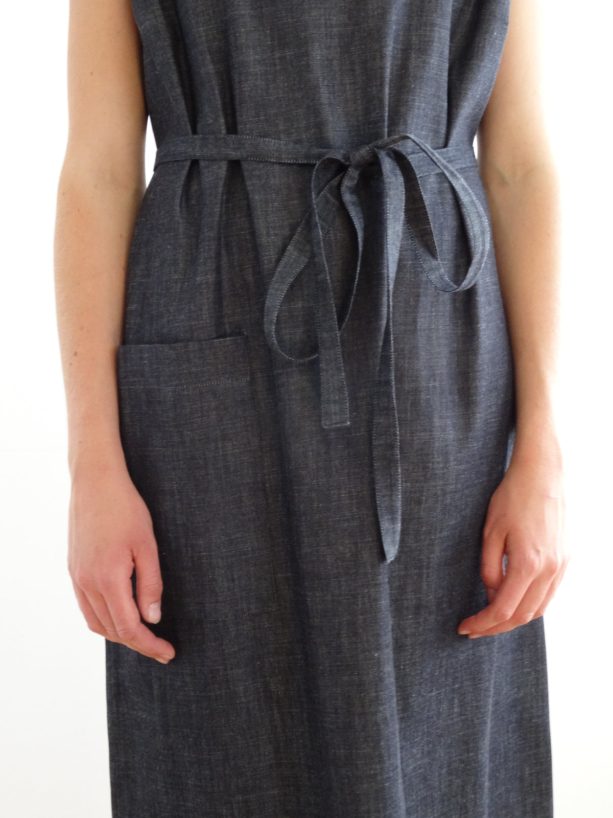 Pajotten simple sustainably made denim shift dress with tie