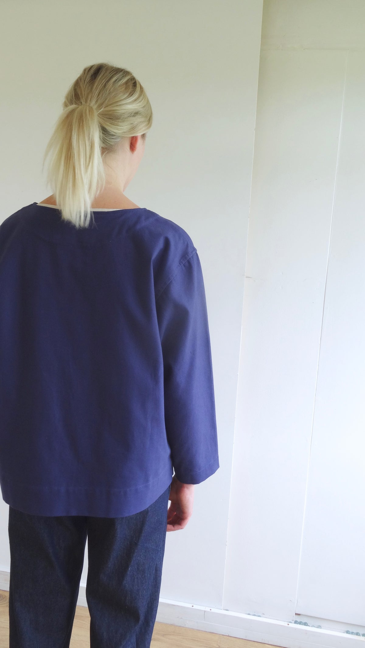 womenswear blue cotton artists top