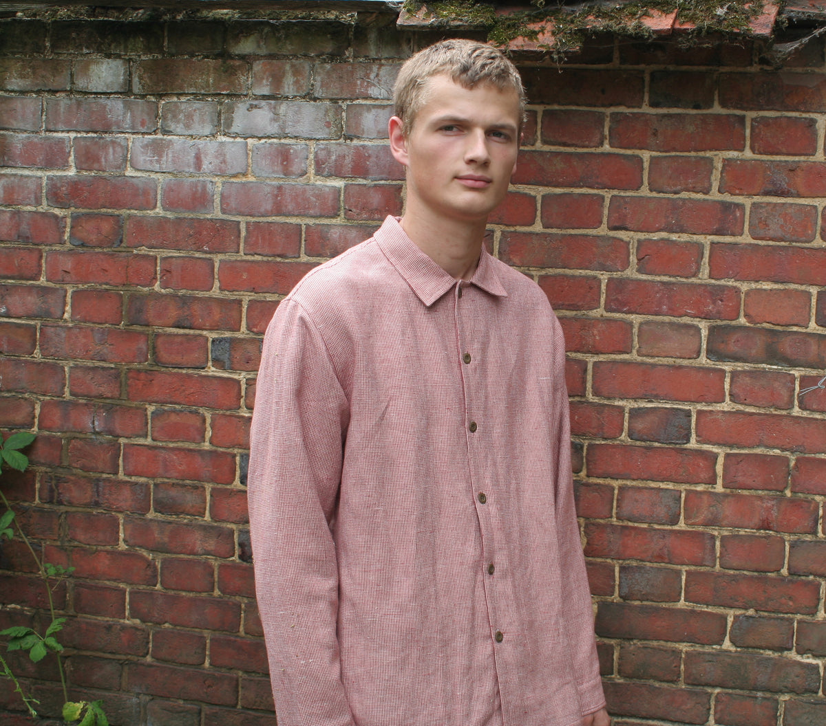 pajotten sustainable UK menswear long sleeved red and white checked linen shirt