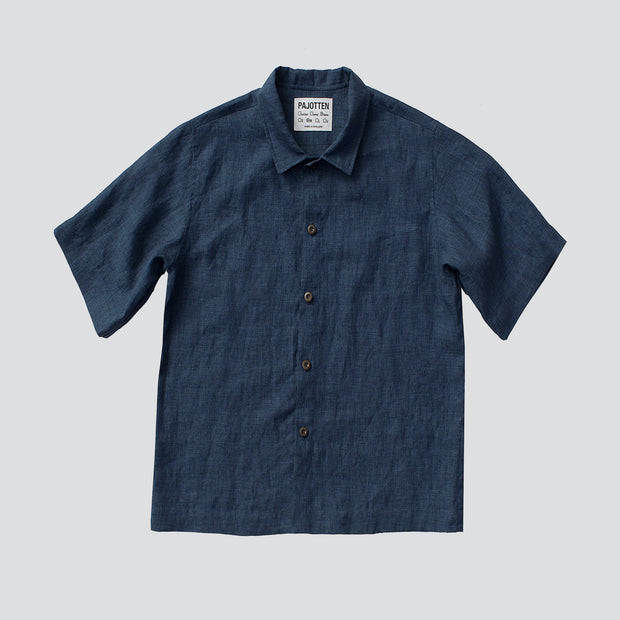 pajottens summer menswear short sleeved shirt in dark blue deadbolt linen