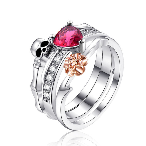 Luxurious Skull Ring