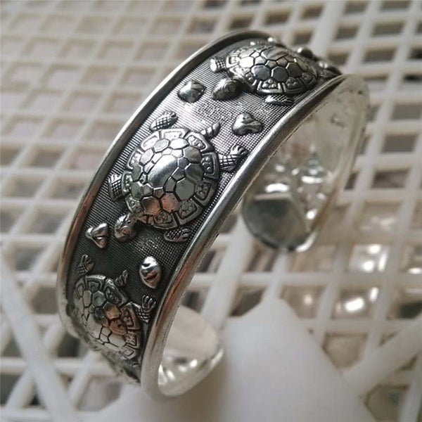 Vintage Silver Plated Adorable Turtle Bracelet
