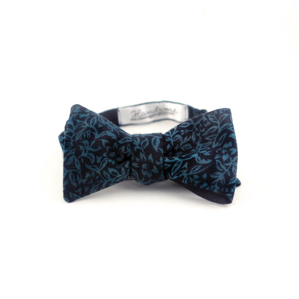 """Emerald Soul"" Reversible Bow Tie - Unique."