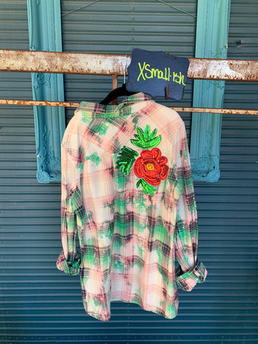 XSmall flower appliquéd Flannel