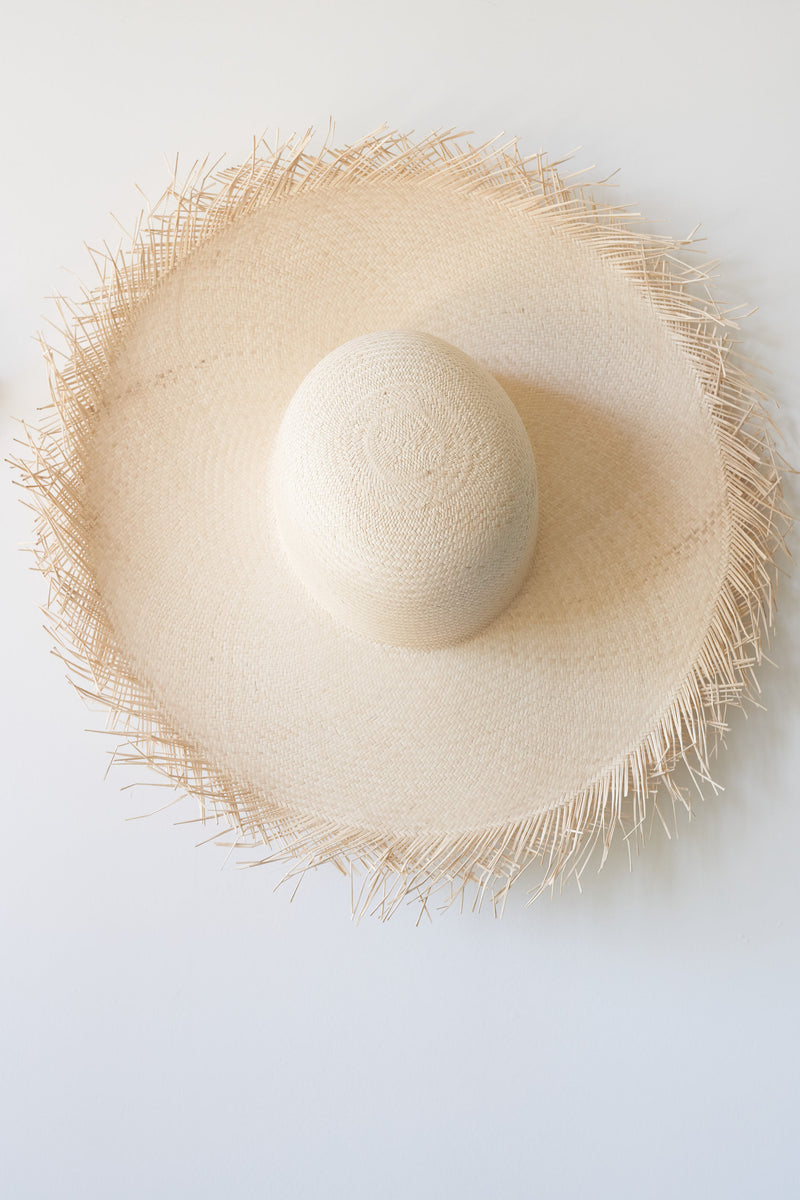 Hand Woven Palm Sun Hat (Color White Sand)