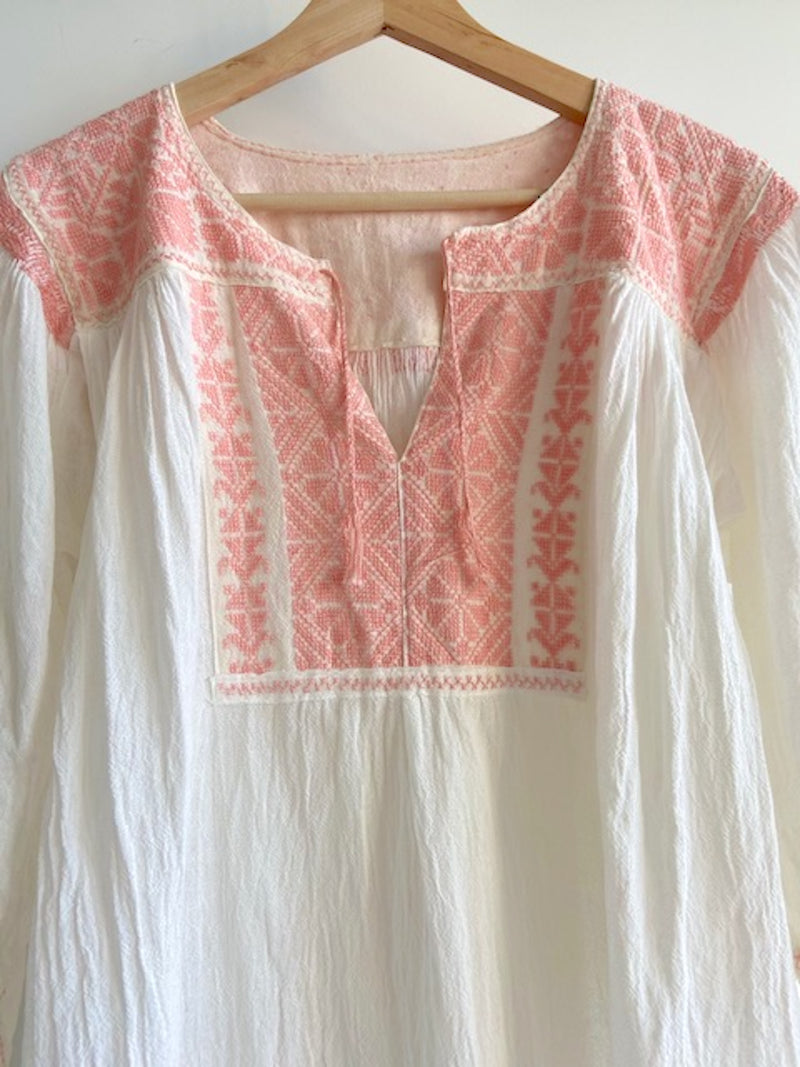 San Vicente Blouse- Pink Embroidery