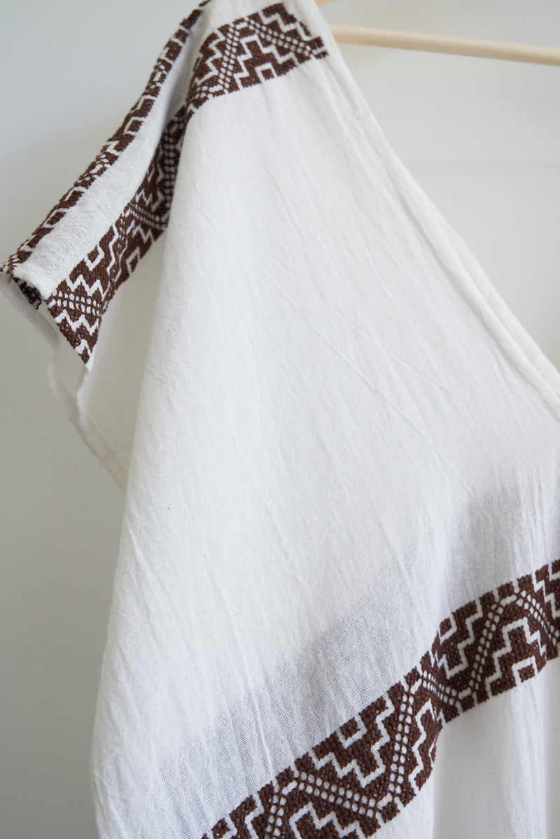 JM + San Vicente Poncho/CoverUp (Color Chocolate)