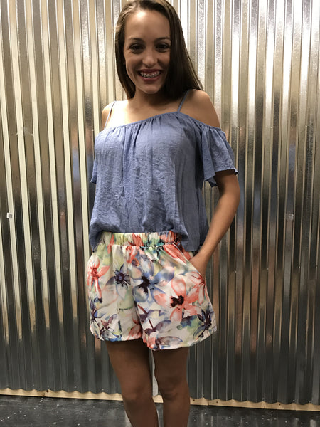 P-3184 Floral print shorts with pockets