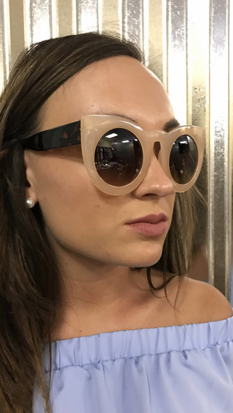 CH17211 Cateye sunglasses in black, clear, tan, and leopard