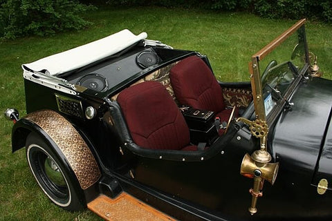 Voiture Steampunk de Jake Von Slatt