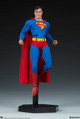 Sideshow Collectibles Superman Figure 1/6 Scale