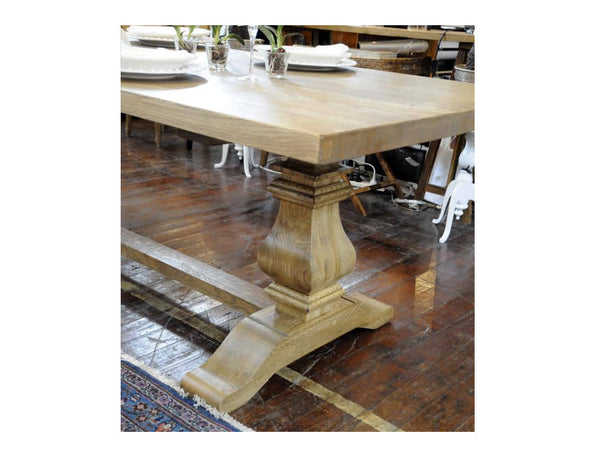 Ella Dining Table / L2200
