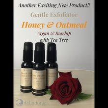 Load image into Gallery viewer, Honey & Oatmeal Gentle Exfoliator with Tea Tree 45ml