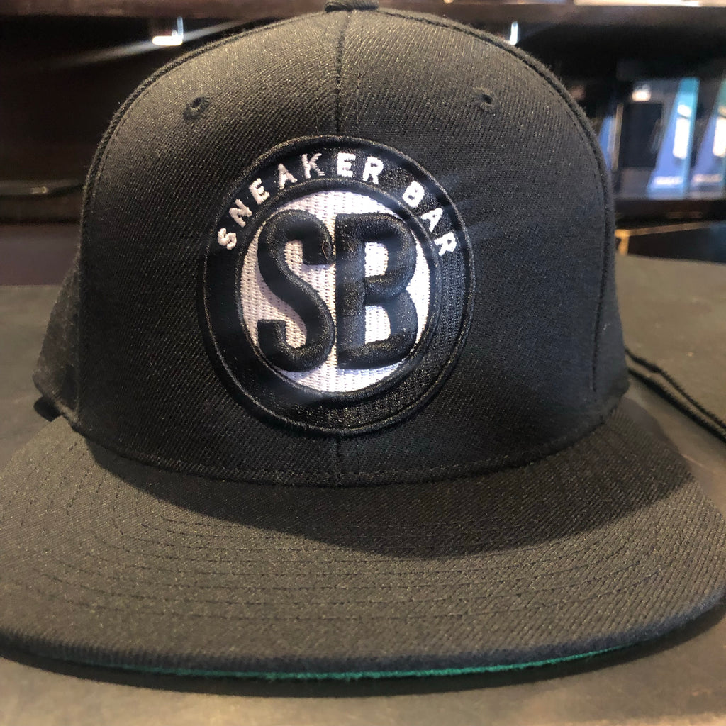 Sneaker Bar Snapback Black