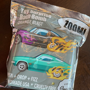 Zoom Zoom Car Surprise Bath Bomb