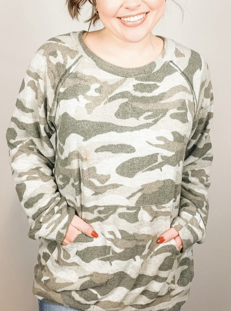 Green Camouflage Long Sleeve Knit Top