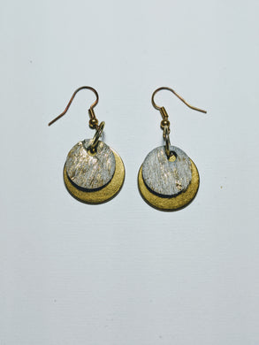 MH - Kaitlin metalic leather earring