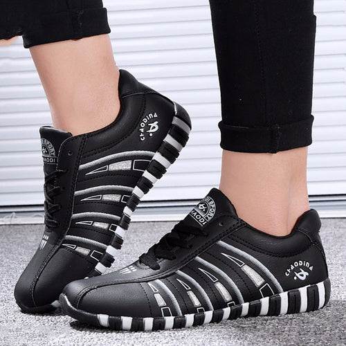 Outdoor Breathable Women's Leather Shoes
