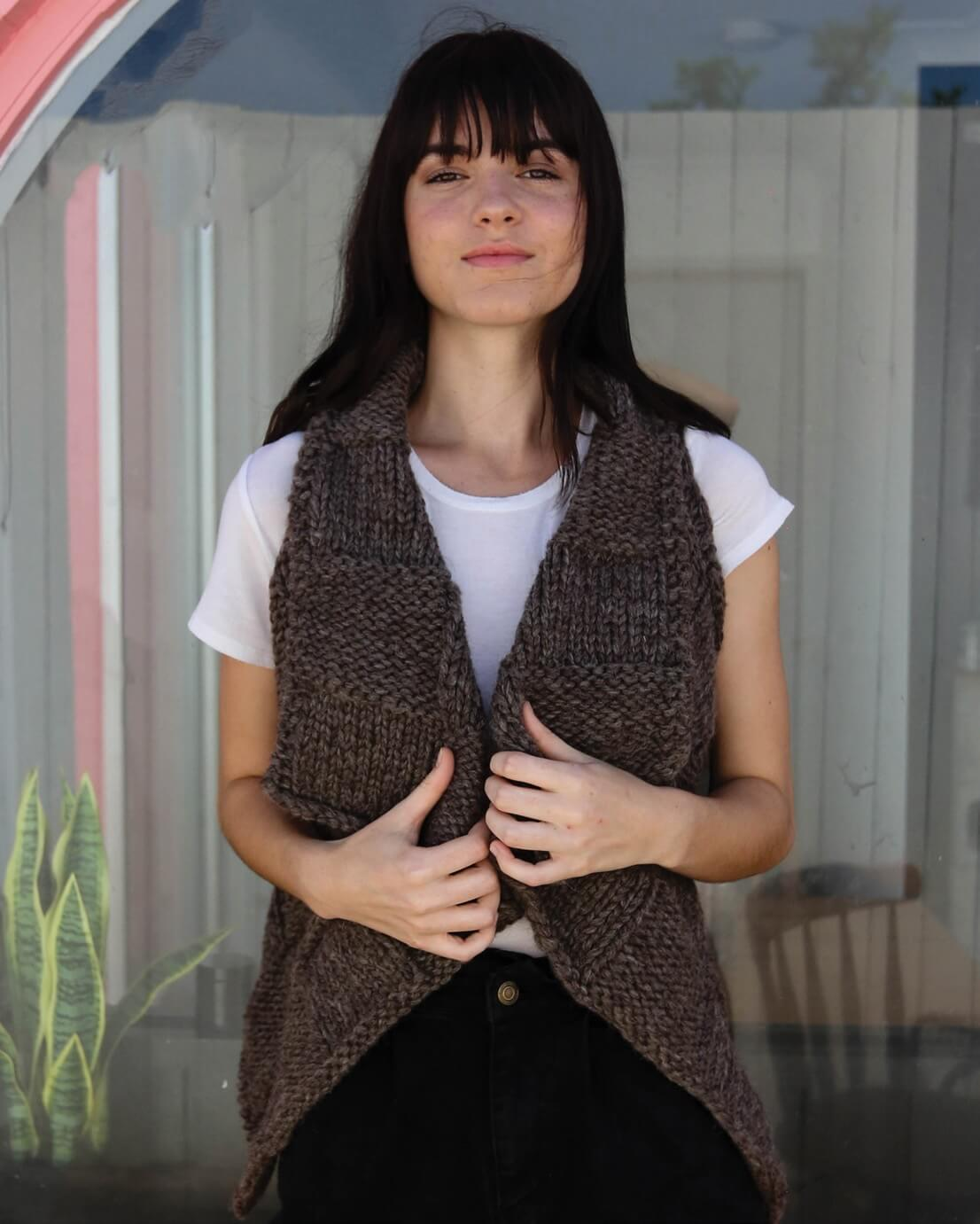 Crucci Knitting Pattern 1904 Wrap Vest - Digital
