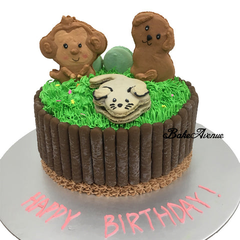 Animals Macarons Cake