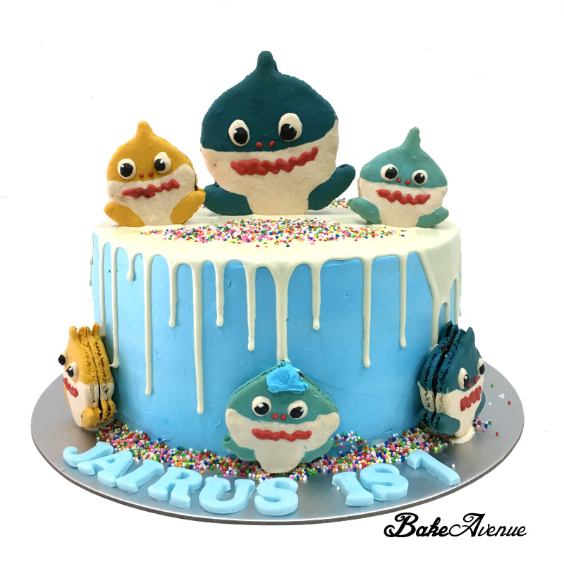 Baby Shark Macaron Toppers Drip Cake