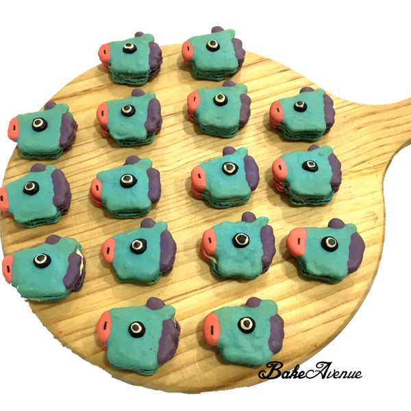 Horse (Blue) Macarons