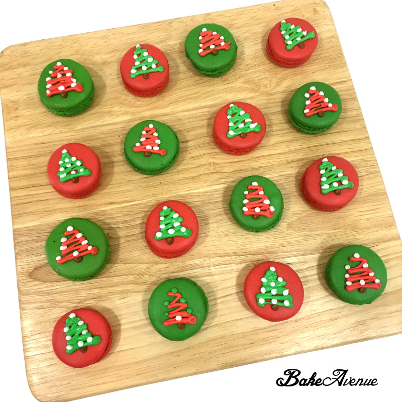Christmas Macarons Round Christmas Tree Design