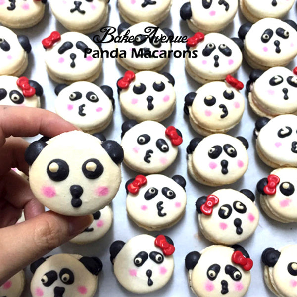 Panda (Female) Macarons