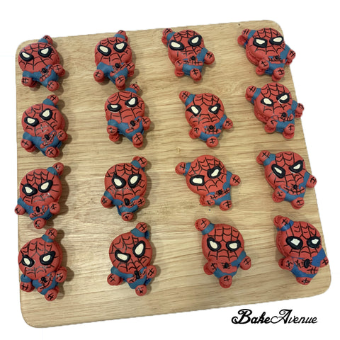 Avengers Macarons (Spiderman Full Body)