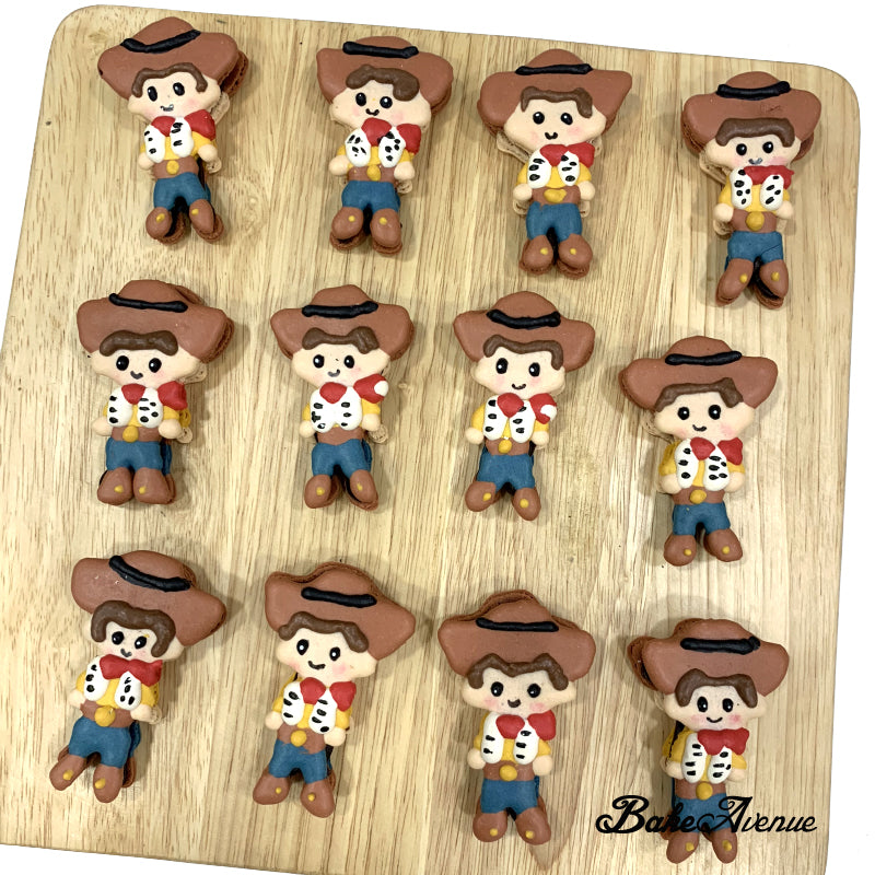 Toy Story - Woody (Full Body) Macarons Design