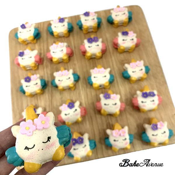 Unicorn Face (with wings) Macarons