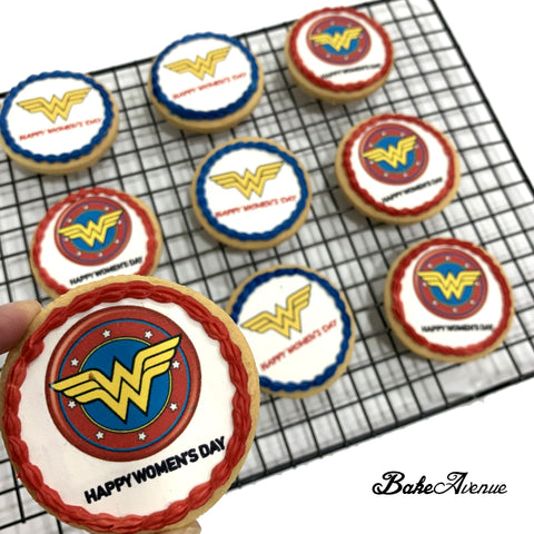 Wonder Woman icing image Cookies