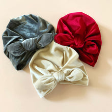 Load image into Gallery viewer, Velvet Turban Headwrap