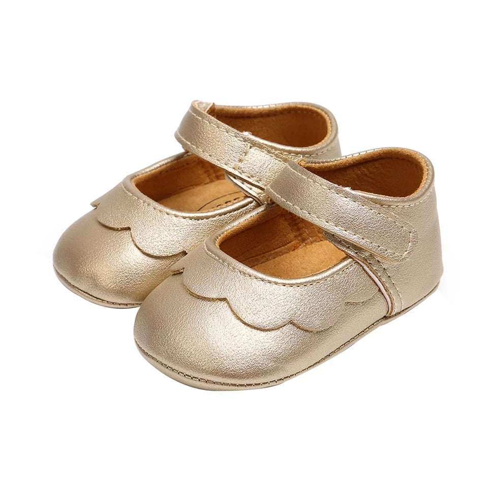 Scalloped Mary Janes, Ice Gold