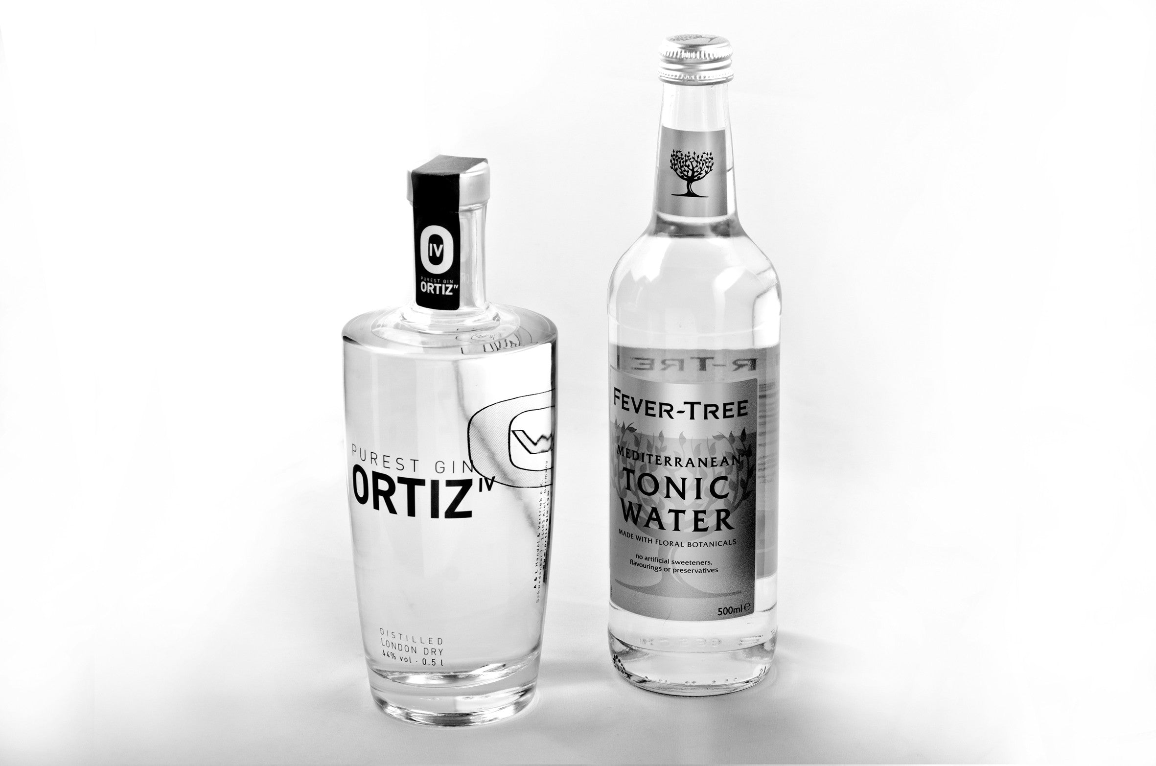 1 bottle ORTIZ IV PUREST GIN 0.5l incl. 1 bottle Fever Tree Tonic 0.5l