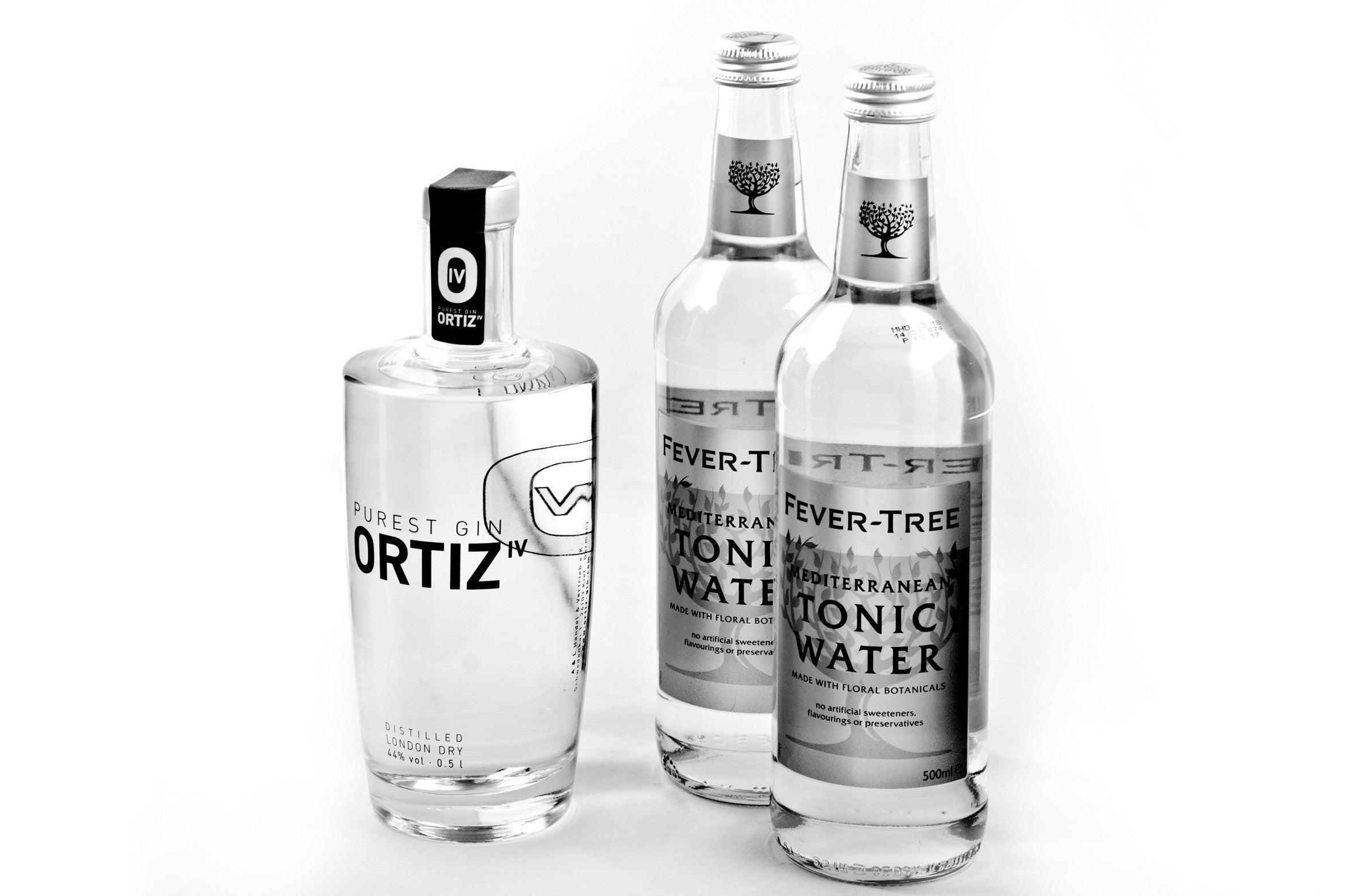 1 bottle ORTIZ IV PUREST GIN 0.5l incl. 2 bottles Fever Tree Tonic 0.5l