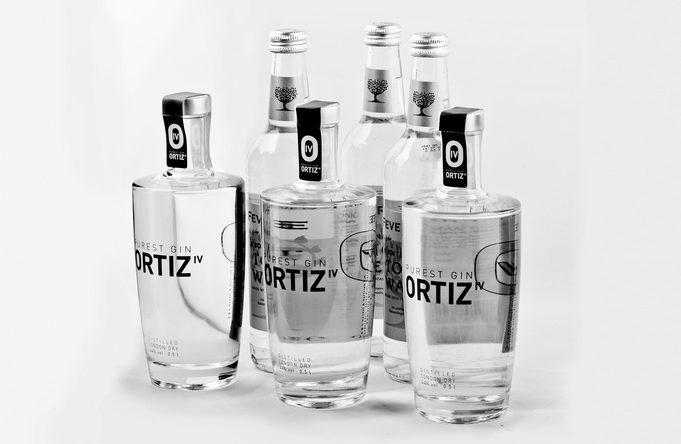 3 bottles ORTIZ IV PUREST GIN 0.5l incl. 3 bottles Fever Tree Tonic 0.5l