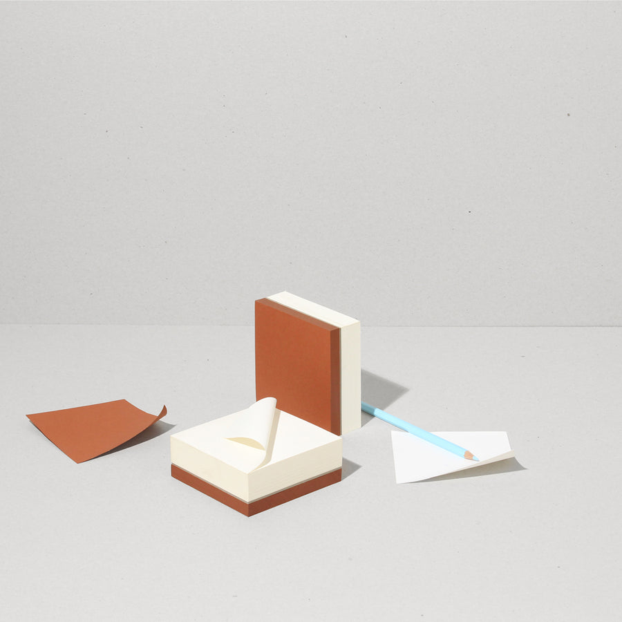 Block | Square : NATURAL WHITE - RUST RED
