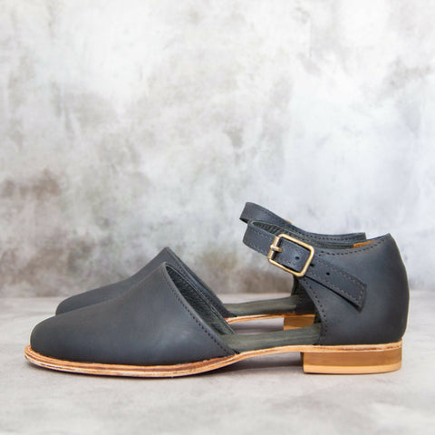 Stacey Flat - Navy