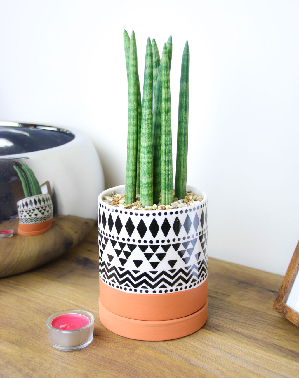 Home accessory geometric planter
