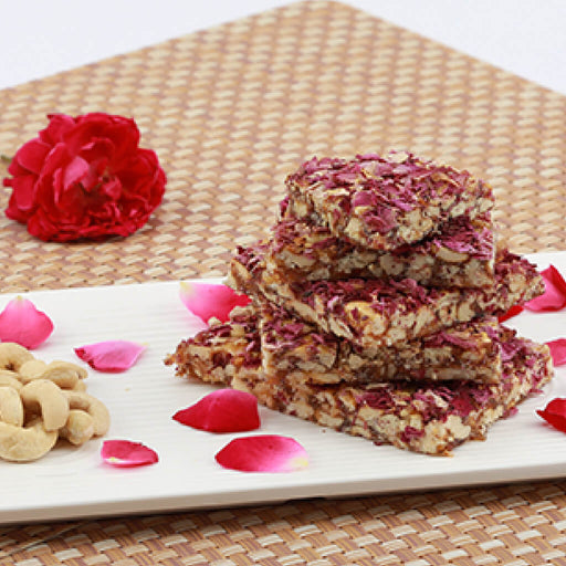 Cashewnut with Rose Petals Chikki