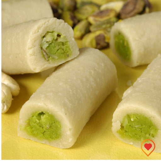Rich flavour of pistachios rolled in the richness of Cashews