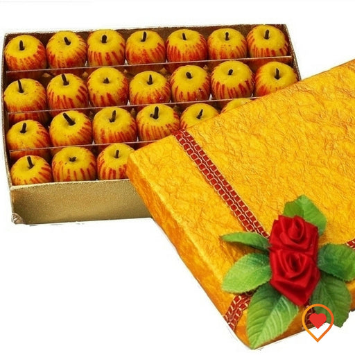 """An apple a day keeps the doctor away"", thus apple sweet designed for you which looks same as the real apple, enjoy!"