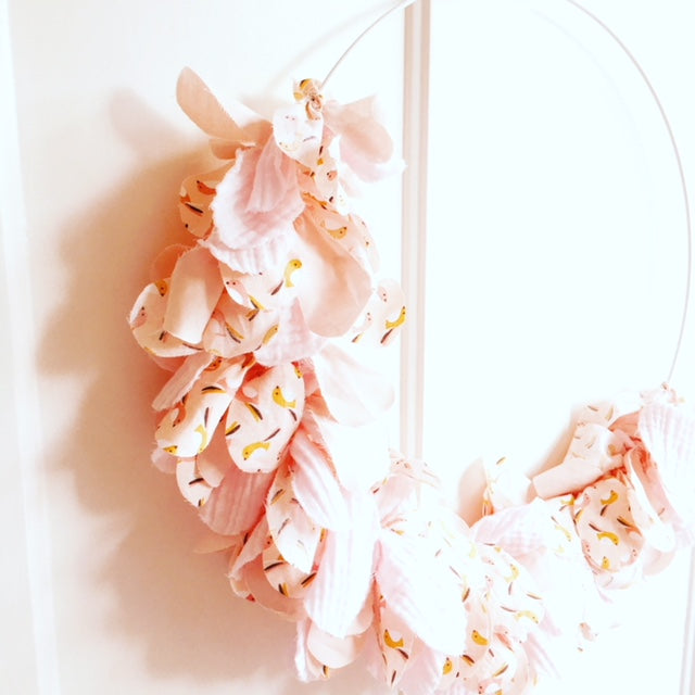 Wreath of fabric pink