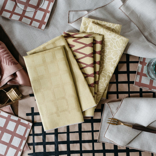 Multi-Pack Napkin / Placemat in Golden Yellow